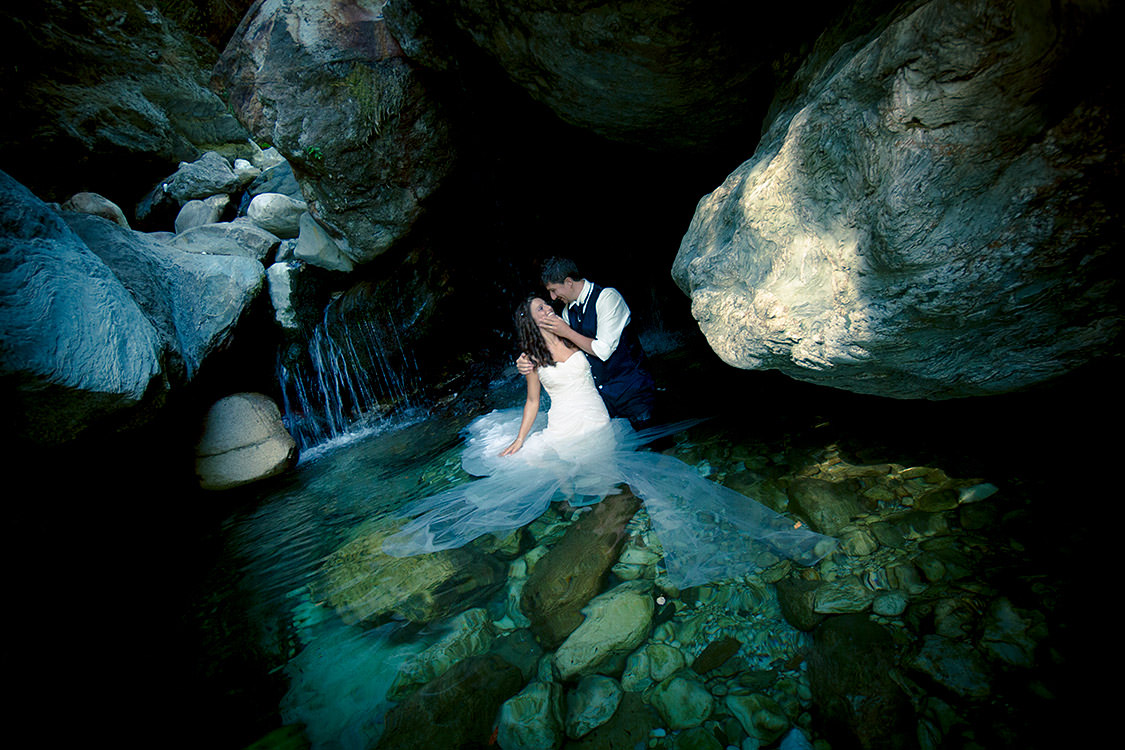 Matrimonio Originale Toscana : Un servizio fotografico di matrimonio originale il trash